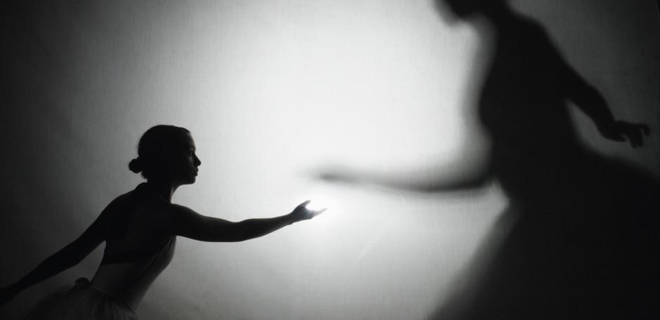 Titelbild: Angst Panik Phobie Schatten Schattenanteile